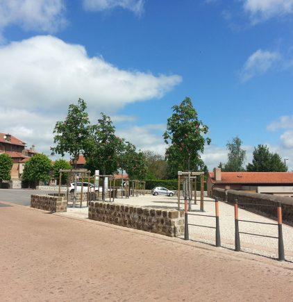 Aménagement du bourg de Bains, en Haute-Loire (43) - Osmose Paysage